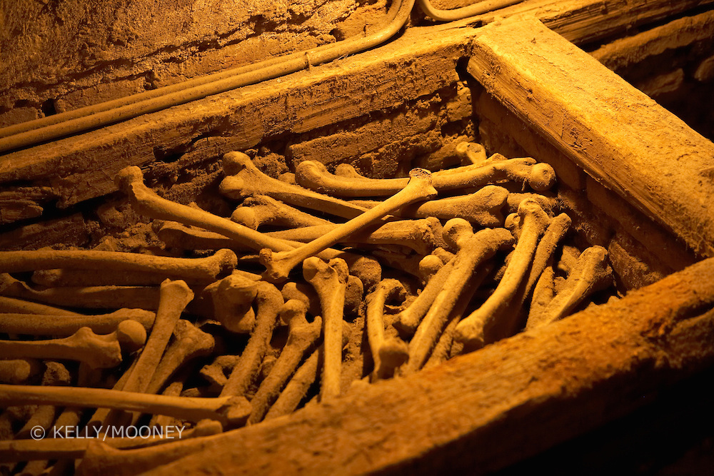 Human bones lay in a wooden chest