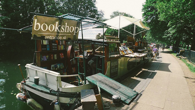 canal boat bookstore
