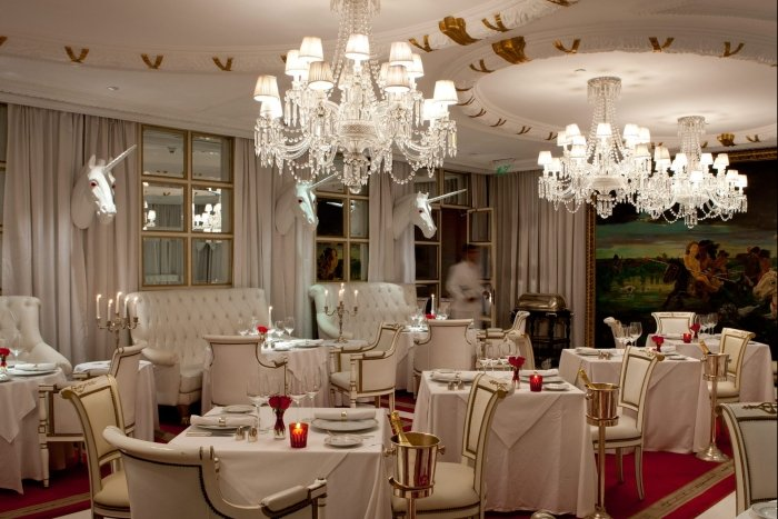 bistro sur restaurant dining room