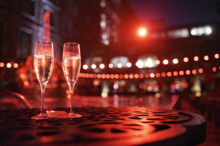 La Nuit Sparkling nights