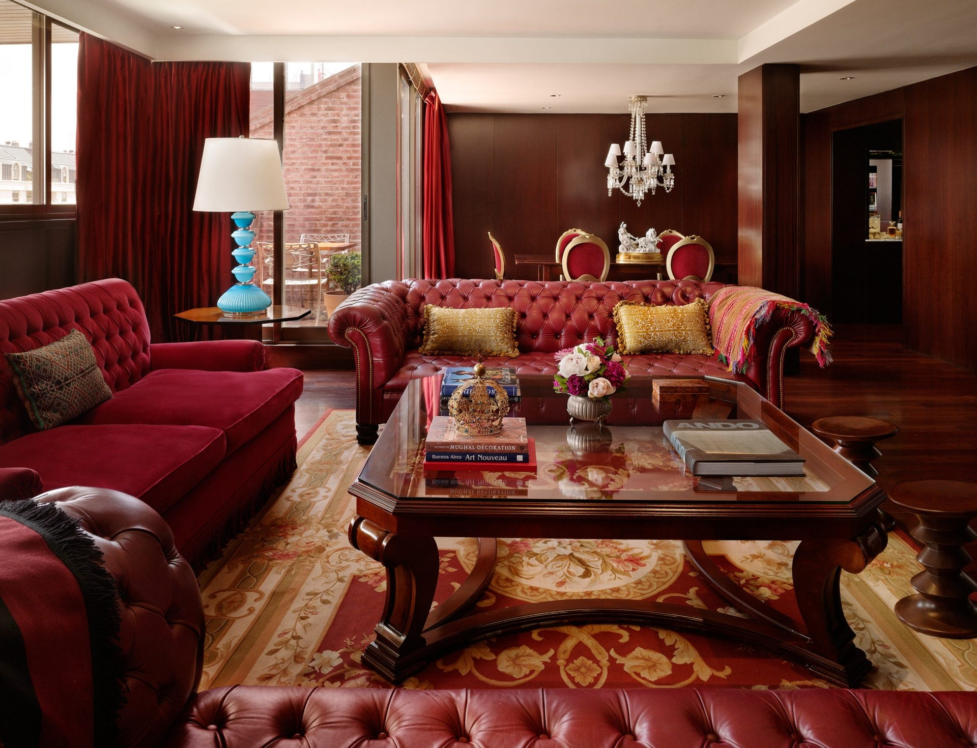 living room of hotel presidential suite